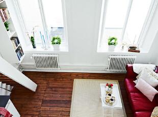 简约复式客厅