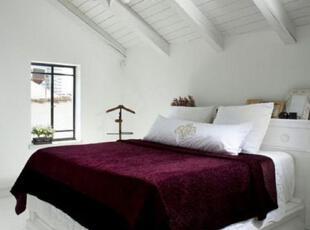 欧式风格阁楼卧室