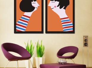 很有创意的图片墙,用漫画形式把小夫妻的甜蜜展示出来。