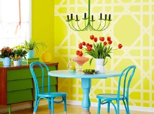 鲜明的颜色给人一个好心情,让沉闷的家也变得鲜活起来了