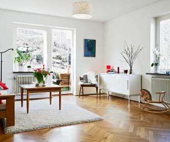 白色温馨阁楼公寓 62....