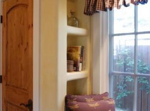 在原木复古阁楼里回忆童年小木屋