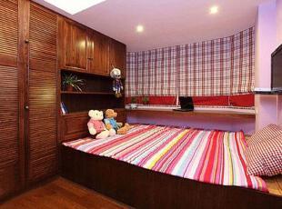 55平米田园原木小户 餐厅巧妙隔出儿童房