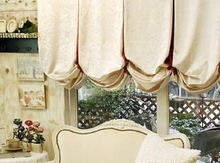 罗马窗帘如何打扮温馨小家