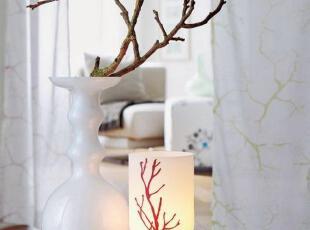 树枝装饰唤醒枯木第二春
