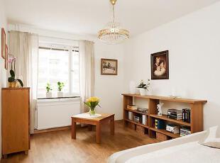另一卧室放置一些衣柜之类的休闲地带。,75平,12万,公寓,简约,原木色,白色,