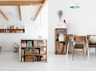 白色和原木色真心是绝配,不用过多复杂的装饰,一种闲适的慢生活就此展现出来。,60平,3万,小户型,欧式,原木,简约,宜家,白色,