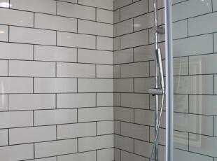 超大淋浴间,