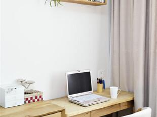 温馨的日式风格工作台