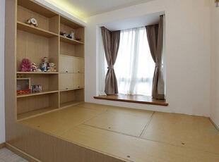 89平原木时尚家居 打造榻榻米儿童房