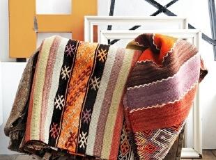 花纹地毯如何装扮温馨家