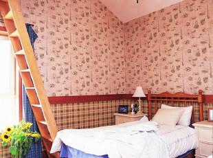 田园风格的阁楼儿童房