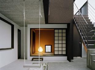 复式小楼结合处的创意设计