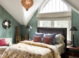 蓝色复古阁楼卧室