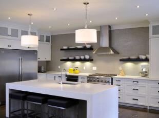 现代简约型开放厨房设计
