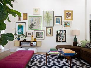 简约客厅的墙面装饰