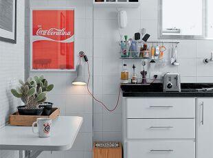 小户型黑白经典厨房