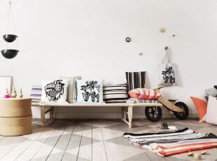 木地板也可以装饰创意客厅