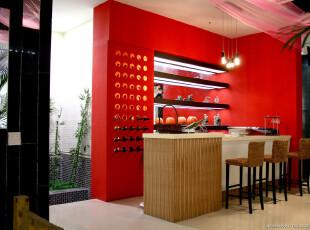 红色背景吧台效果图