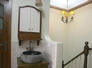 古老至无以复加的卫生间