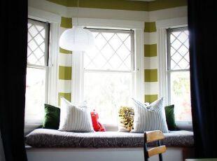 缤纷色彩的飘窗设计效果图