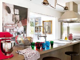 工业风格厨房的色彩搭配