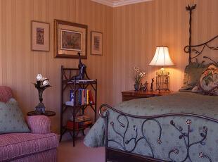 欧式紫色优雅浪漫卧室