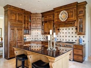 欧式新古典厨房定制橱柜设计