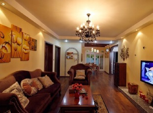 复古家具装饰客厅 现代马赛克点缀