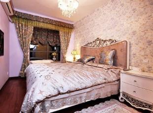 卧室沉稳气质 赋予优雅宁静