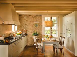 温暖土黄色厨房餐厅 触碰心里最柔软处