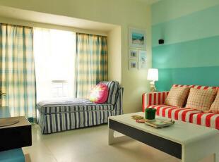 地中海风客厅 柔和色调清新美感
