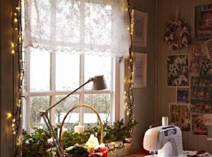 LED装饰灯下的书房意境