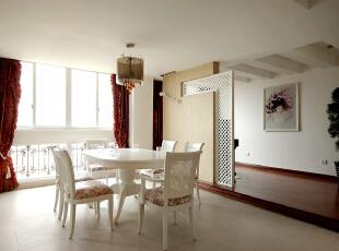 白色系家具装饰的简约田园餐厅