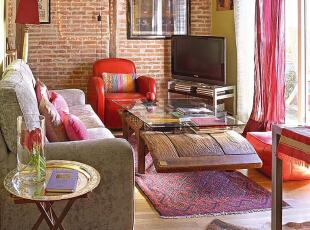 红砖绿岩 风情客厅