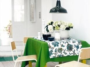 春色田园餐厅绿色元素的装饰