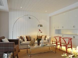精致的客厅通过清晰、简明的线条勾勒和素净质朴的家具组合,体现出对品质的追求。