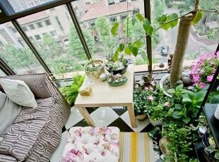 阳台改成花房 家庭园艺温室