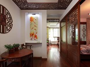 中式房门整排隔断儿童房和公共区