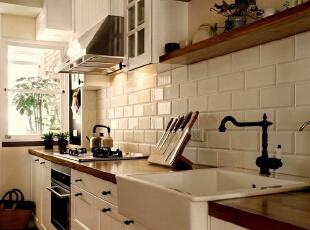 厨房墙壁清洗不用烦