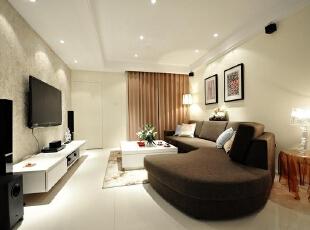 陶土色窗帘 黑白配客厅时尚感