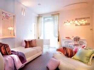 暖色调灯光渲染 粉色温馨卧室