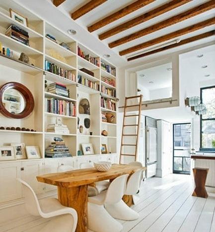 书房的书柜采用小型的图书馆书柜,是不是很像大学的图书馆啊?图片