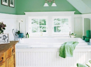 绿色大浴缸