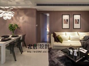 大面积木饰面,简单的线条营造空间感,客厅,现代,
