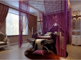 卧室内采用的家具都是典型的西式风格,极具五星级酒店的装饰风格,无形中提升了卧室的格调,在床前摆设绒质地毯,踩在上面软软的,仿佛置身云端,美哉。,卧室,