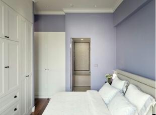 浪漫的现代卧室