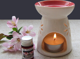 樱花香薰灯纯白雕花镂空陶瓷精油炉香薰炉精油灯蜡烛加热熏香炉,香薰,