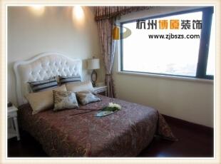 每天的休息时间置身在这样的卧室当中真是既清新又温馨。,87平,9万,混搭,两居,卧室,
