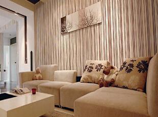 每天回到家中看见这种软绵绵的沙发都忍不住躺着休息一阵。,现代,客厅,